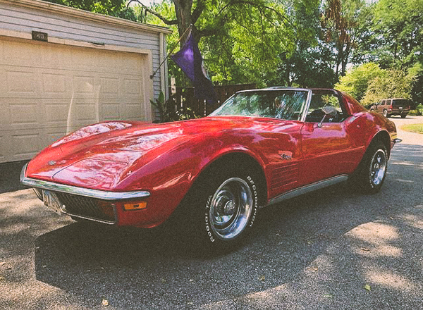 1972 red chevy corvette t top