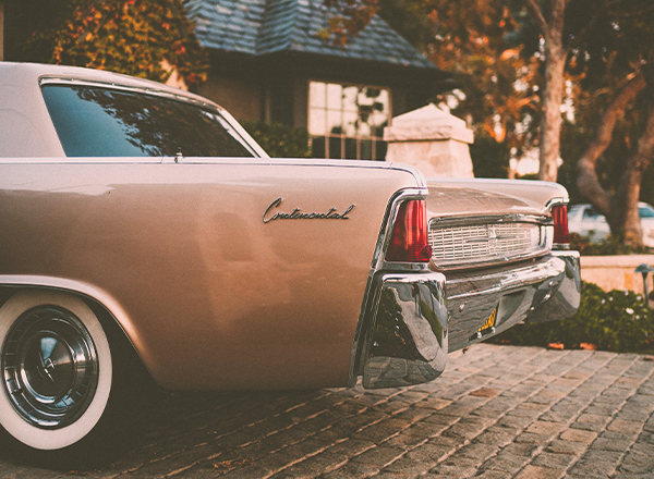 Classic Car Insurance vs Standard Insurance Continental
